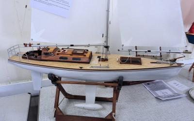 1 Mtr Cruising Yacht